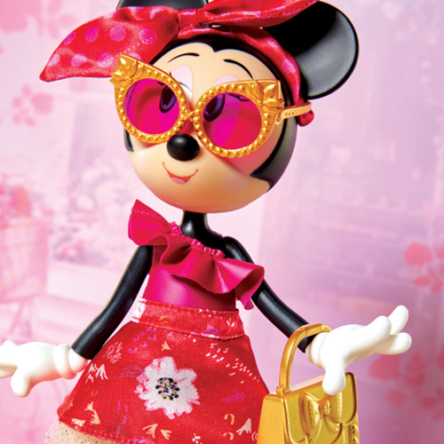 Disney Minnie Mouse Oh So Chic Fashion Doll